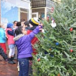Decorating for Nantucket Stroll | Nantucket, MA